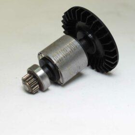 Двигатель BOSCH код 2609199894. Цена 1720 рублей